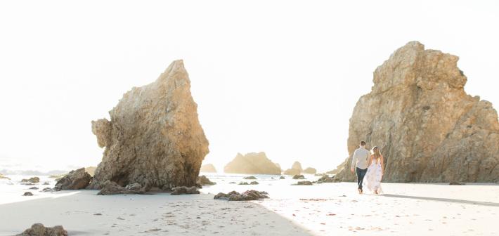 El Matador Beach Engagement : Gabby + Johnny